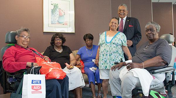 Senator Gomes with Bridgeporr seniors
