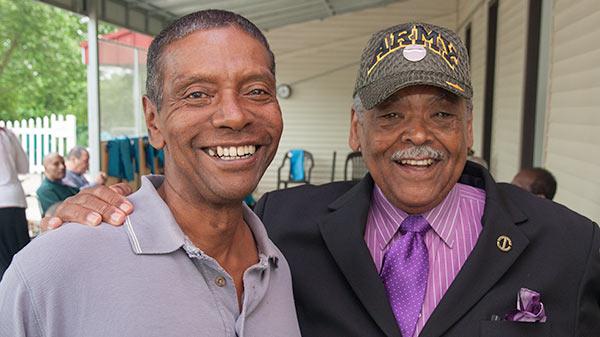 Senator Gomes and a Bridgeport veteran.