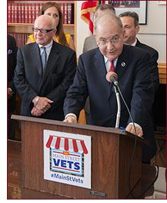 Senator Looney at Vets press conf