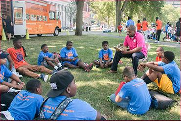 Senator Winfield reads to LEAP kids