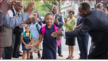 Senator Winfield welcome kids back to school