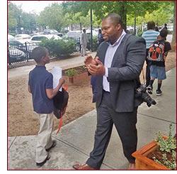 Senator Winfield welcomes students