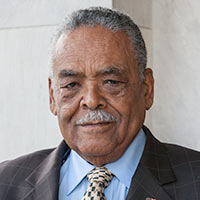 Photo of Senator Gomes.